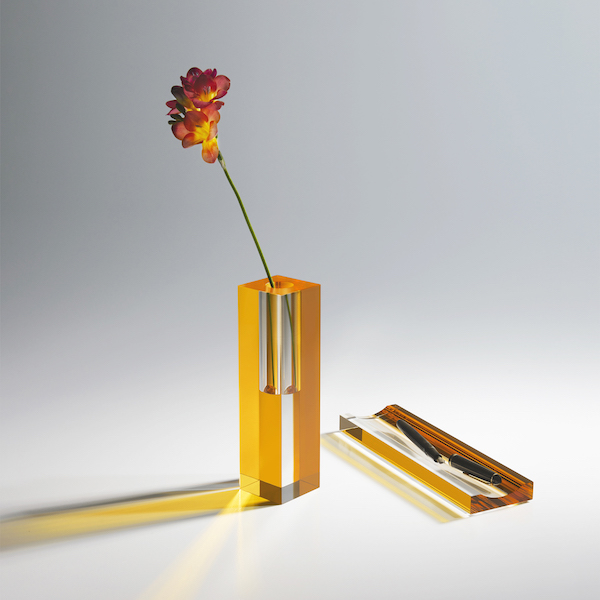 Monomio Andante Vase and Tray Accessory The Circles