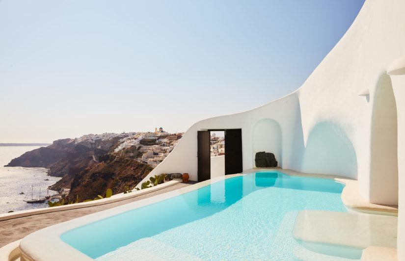 Terraza privada de la suite de lujo Perivolas