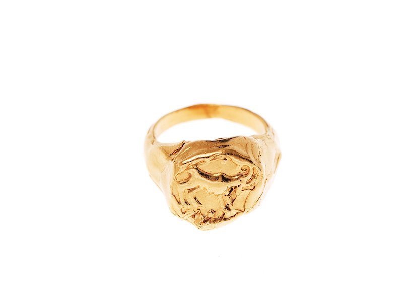 Aries Signet Ring Gold 1