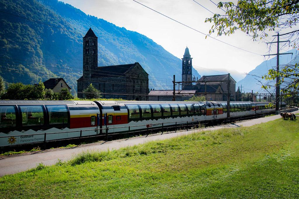 Gotthard Panorama Express Giornico2 ©SBB CFF FFS