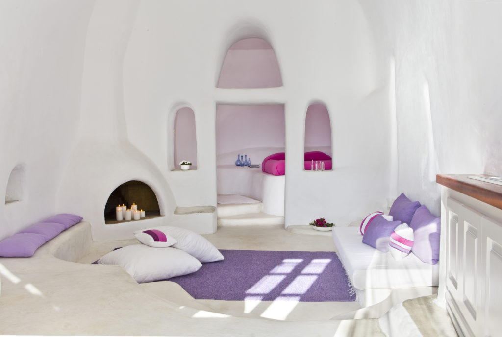 Interior Suite Deluxe Hotel Perivolas