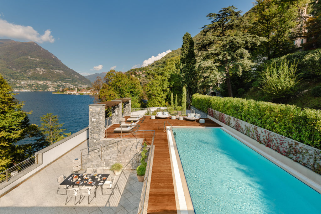 MOCMO Panoramic Suite with Private Pool terrace