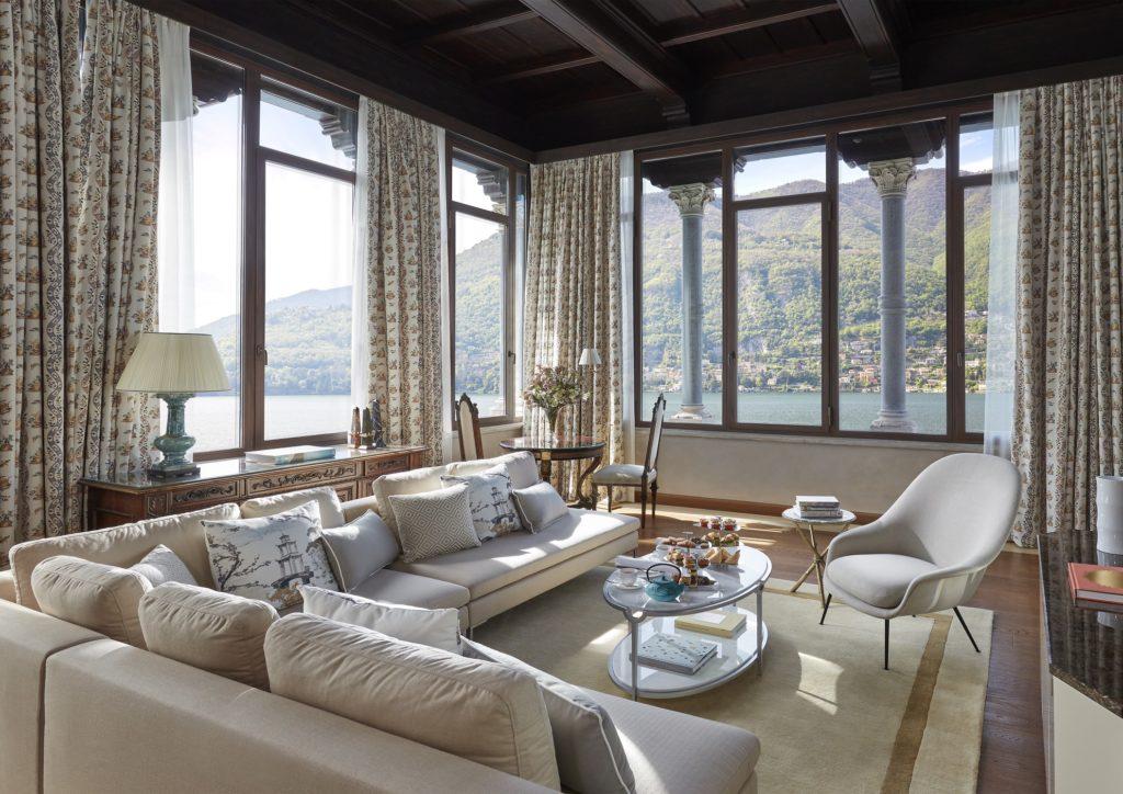 MOCMO Penthouse Suite living
