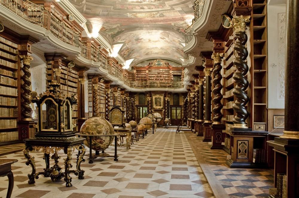NL CR Baroque Library Hall