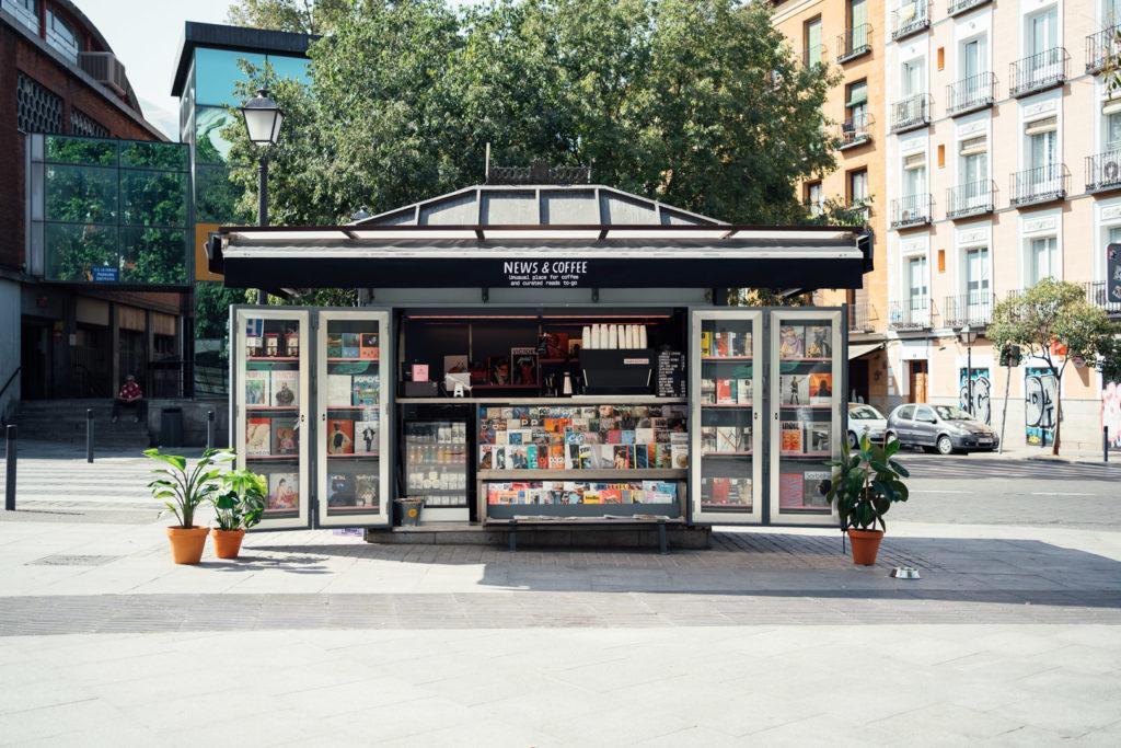 News and Coffee Madrid DSC04864