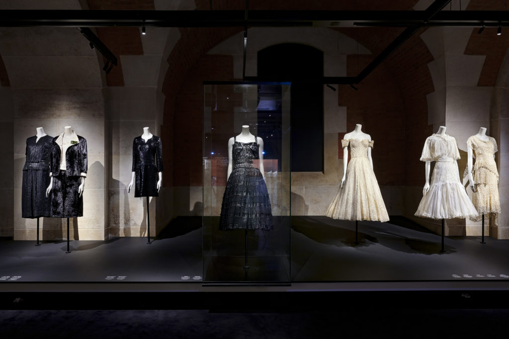 Palais Galliera Gabrielle Chanel Manifeste de mode Exhibition pictures by Olivier Saillant 3 HD 2