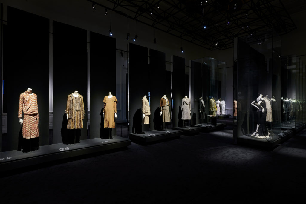 Palais Galliera Gabrielle Chanel Manifeste de mode Exhibition pictures by Olivier Saillant 7 HD