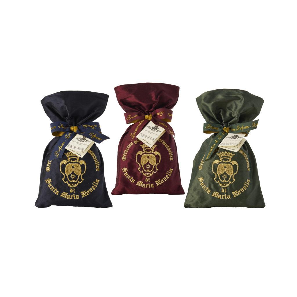 Pot pourri in sacchetti di seta