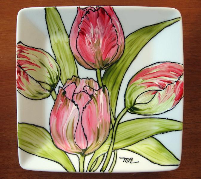 Vaisselle peinte tulipes