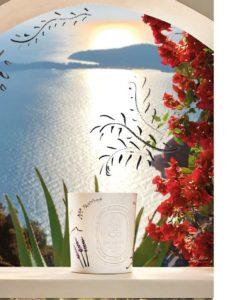 Dyptique, Colección Verano Mediterráneo: Vela Citronela para interiores y exteriores – 190 g, 52 € 1,5 kg, 285 €