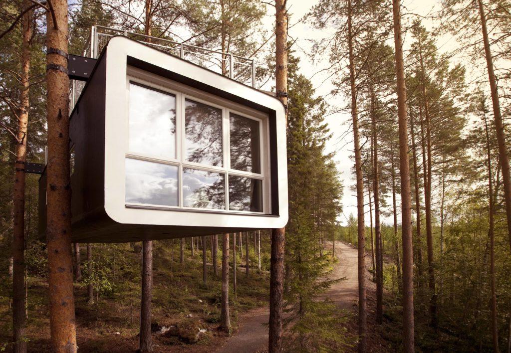 cabin exterior 7