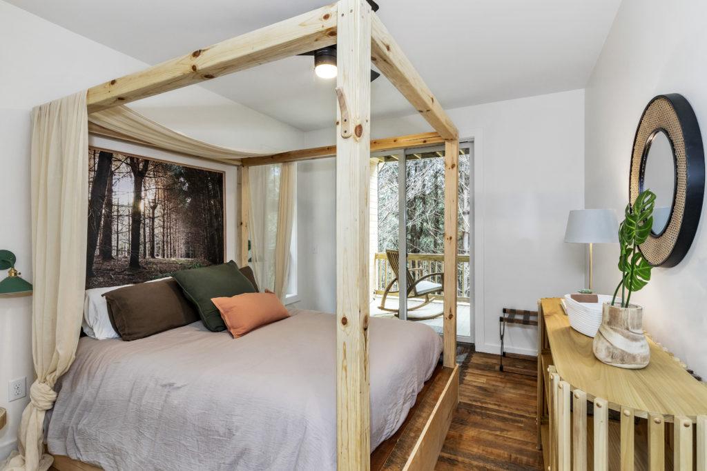 carpenters cabin main floor owners suite