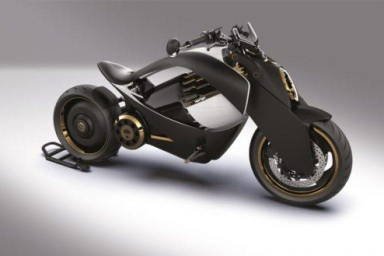 Acabado en negro de la motocicleta eléctrica Newron EV-1