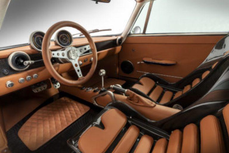 Interior del Totem Electric GT