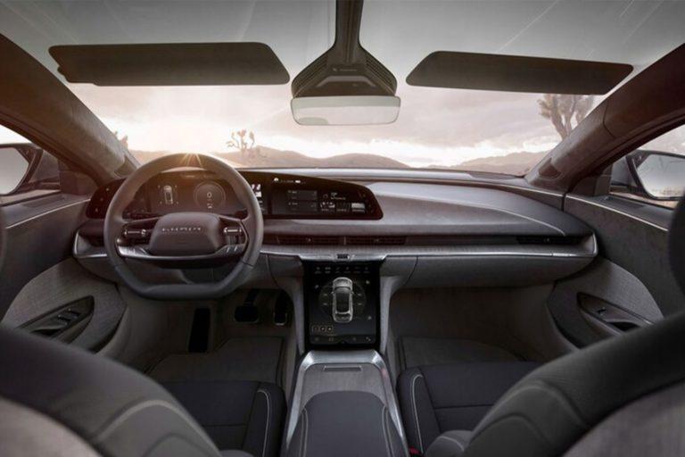 lucid air interior 1100x733 1